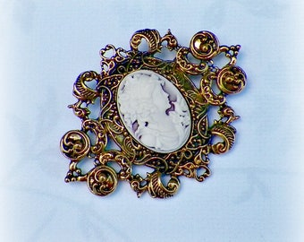 Victorian Cameo Pin Brooch Rose Pink Classic Lady Gothic Vintage Style Steampunk Antique Gold Style