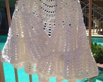 White Shawl, Crochet Shawl, Handmade Accessory, Bridal Shawl, Snowy Shawl, Summer Jacket, Summer Wrap, Wedding Wrap, Bridal Wrap