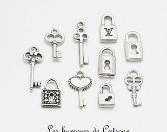 Lot 10 silver padlock and key charms