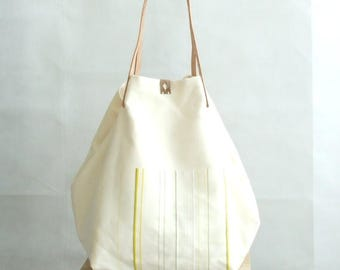 Oversized Tote Bag, Large Tote Bag, Shopping Bag, Weekender, Market Bag, White Tote Bag with Pockets, Everyday Bag, Handmade Bag