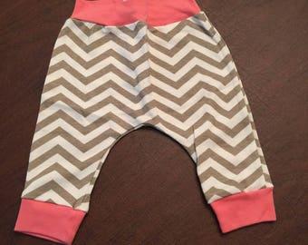 Organic Cotton Baby Clothes Handmade Cream with Mushroom and Cream Chevron Pants Leggings 0-3mo