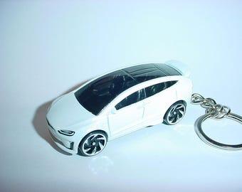 3D Tesla Model X custom keychain by Brian Thornton keyring key chain finished in beautiful white trim electric car awd models