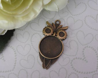 Lot 3 supports for OWL cabochon