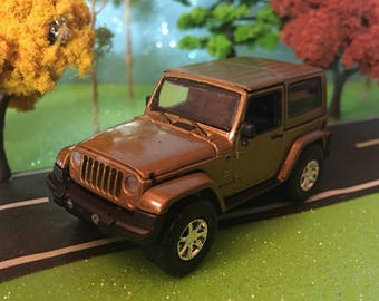 jeep wrangler 164 scale diecast green light 70th