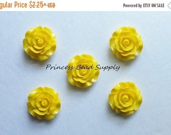 SALE 30mm Yellow Resin Rose Flower Chunky Beads, 30mm Rose Bead, 30mm Flower Bead, Bubble Gum Beads, Gumball Beads, Acrylic Beads