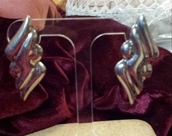 Dramatic Art Deco Style Silver Earring