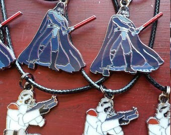 Lot of 10 necklaces /Star Wars PARTY Stormtrooper and Darth Vader Charms free shipping