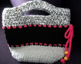 The original woman crochet handbag