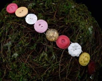 Vintage Button Bracelet 4, B90