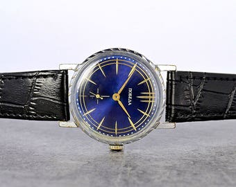 """OLD Vintage Pobeda """"Victory"""" USSR Russian Soviet Mens Watch with new leather strap"""