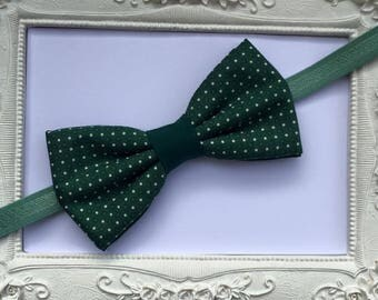 Green double bow tie model points