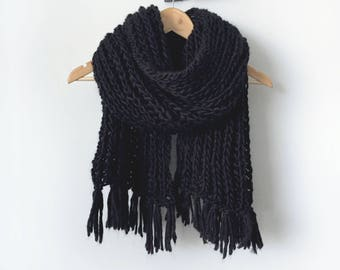 Chunky Tassel Scarf | Ribbed Knit Scarf