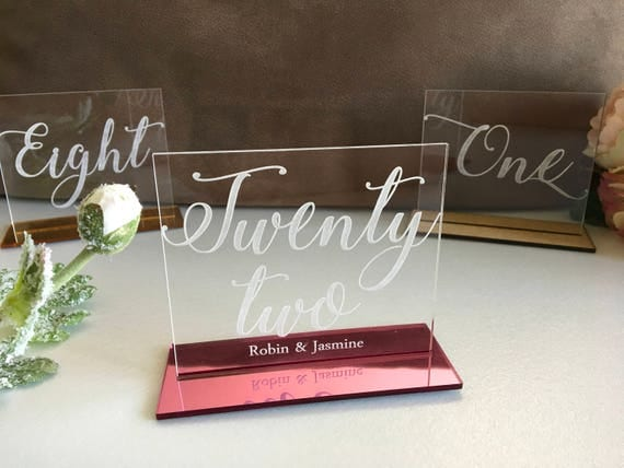 Clear Acrylic Engraved Table Numbers Calligraphy Wedding Decor Personalised Geometric Numbers Etched Freestanding Table Sign Wedding Signs
