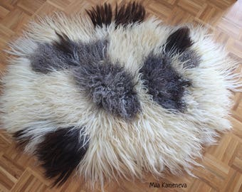 Big Felted Eco-Fur Rug. 100% wool and hand made.