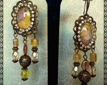 "Pierced ear ethnic ""DELHI"" inspiration India illustrated cabochons, Czech glass, Rhinestones, metal bronze"