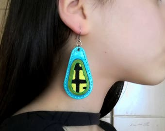 Turquoise leather earring, large leather drop, oval jewelry, colorful earring, tear drop jewelry, long earring, unique jewel, chunky earring