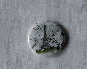 Flat Eiffel Tower Paris - Badge or PIN or magnet