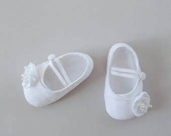 baby girls white baptism shoes, wide toddler shoes, baby and toddler shoes, newborn baby shoes, newborn baby girl shoes, baby shoes size 0