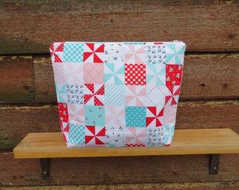 Medium project bag / wedge bag
