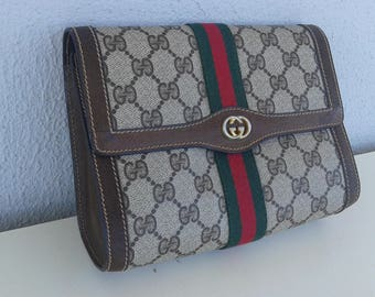 Flush sale ! Gucci vintage small brown clutch