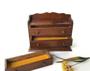 Small Wooden Vintage Jewelry Box