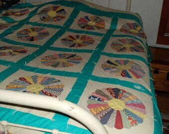 """DRESDEN PLATE QUILT Hand made vintage 106"""" x 92"""""""