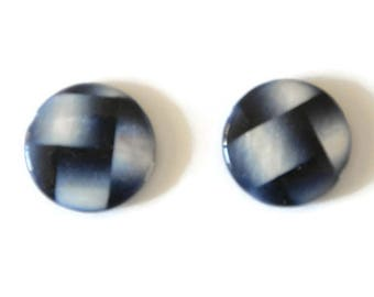 2 Pearly blue and white 20mm round beads