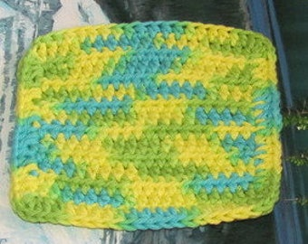 Hand crochet dish cloth 6 by 6 cdc 092