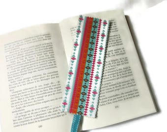 bookmarks, bookmark in fabric, graphic print, blue orange red