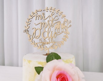 Personalized Cake Topper for Wedding, Wedding Cake Topper with Dog, Wood Mr & Mrs Cake Topper with Last Name and Date VU009