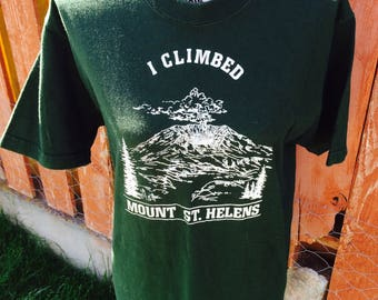 90s Mount St. Helens Tee Size Medium