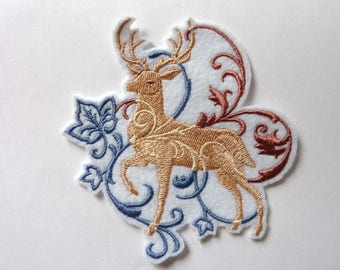 Applique patch, patch, embroidery thermocollante deer in foliage