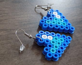 Turquoise/blue/white heart earring.