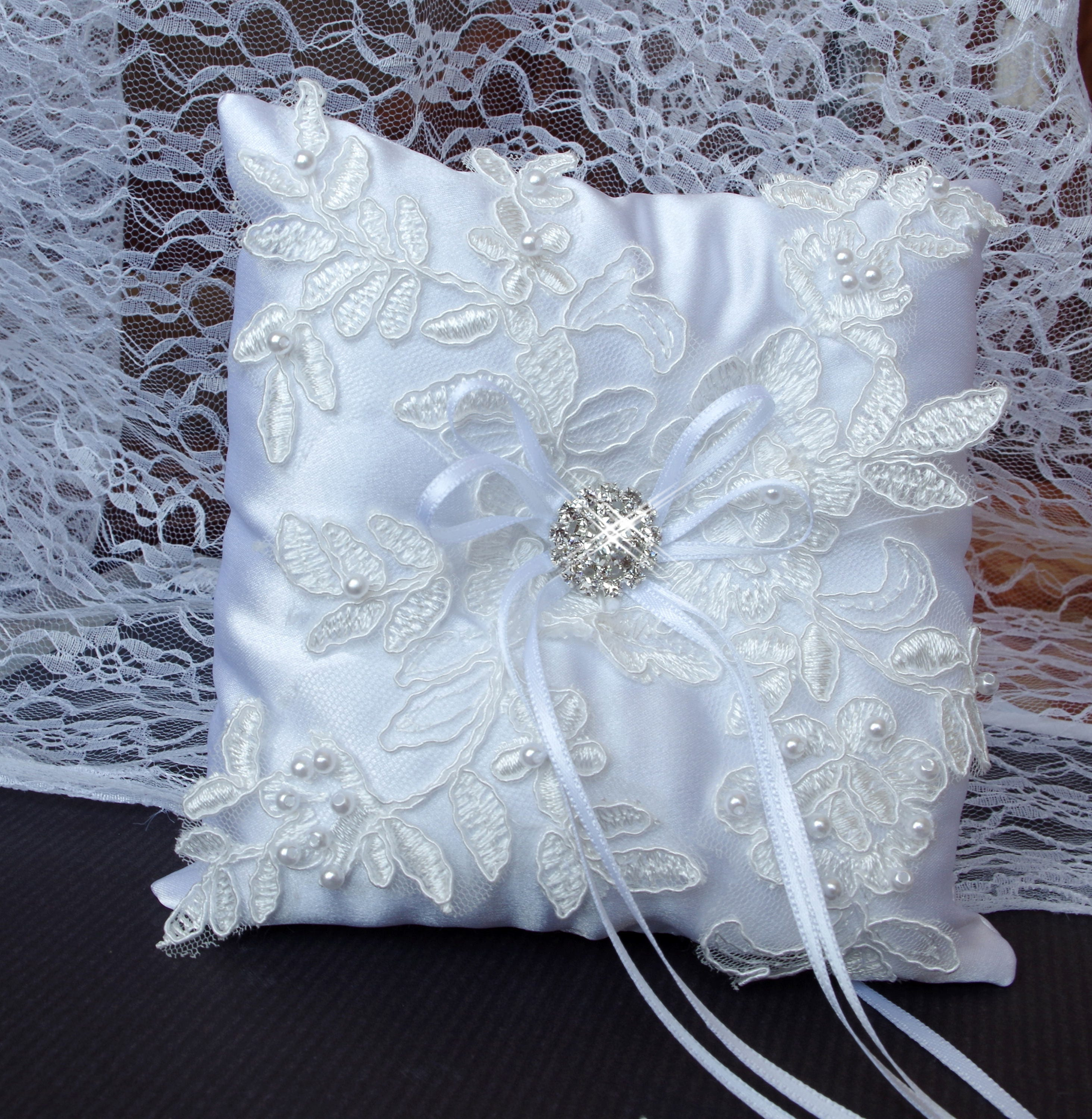 White ring bearer pillow Lace wedding pillow Lace ring holder