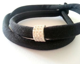 Black stretch bracelet in silver