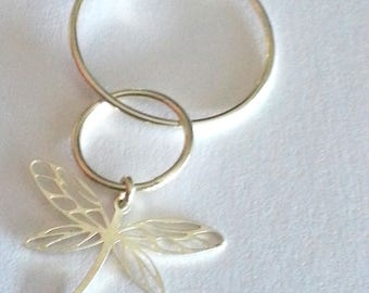 Silver interlocking rings and Dragonfly necklace