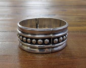 Vintage Southwest Sterling Silver Hinge Bracelet