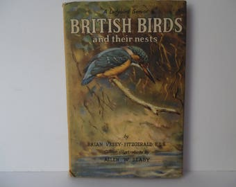 Vintage Ladybird book.  A  book of British Birds and their Nests. A Ladybird senior Book of British birds. Series 536.