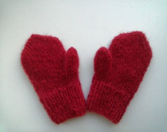 Baby red mittens