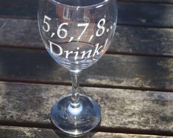 Personalised wine glass, wine glass, dance teachers gift, ballet gift, engraved glass, dance class gift, dance mum, tap dancing, ballet,