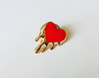Heart | Dripping | Emo | Pin | Badge | Retro | Hipster | Upcycle | Accesory | Modify