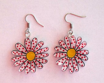 earring flowers with polka dots