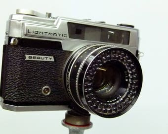 Vintage Beauty Light Matic SP 35mm Camera With Working Built In Light Meter