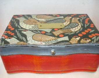 Vintage upcycled Bird Themed Jewellery Box