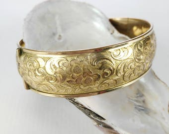 Andreas Daub Bangle - Mother's Day Gift - Gold Tone Bangle - A D Bracelet - Gift for Women - Birthday Gift - 21st Birthday Gift