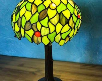 Leafs tiffany lamp