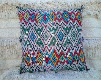 Decorative tribal vintage Berber pillow case, handmade.