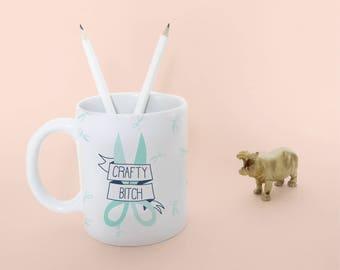 crafty bitch mug | tea cup | scissors coffeecup | in giftbox