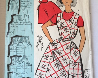 "Fabulous 50's french vintage sewing pattern - ""Patrons Modele 112007"" woman set of 2 aprons size 44 / size 16"