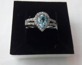 Vintage style ring with Blue Topaz
